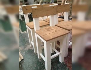 Alpine Pilgrim Bar Chair