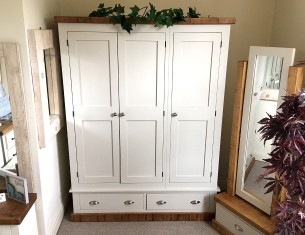 Aspen Triple Wardrobe with Drawers