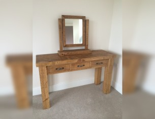 Dressing Console