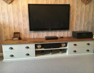 Aspen XL TV Unit